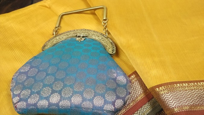 bags-and-clutches-craftsbazaar-made-in-india-5