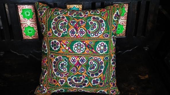 kutchi-embroidery-1