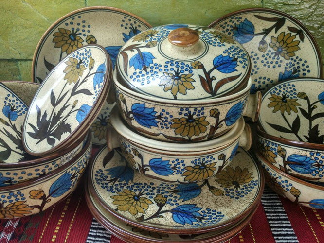 the-last-word-in-pottery-jaipur-blue-pottery-1