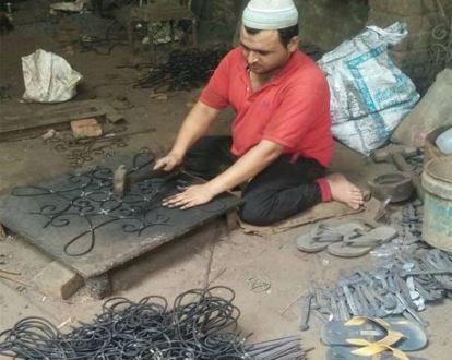 Meet-the-Master-Series -Shree-Mohd- Aslam-Forged-Iron-Products-Delhi-India-Aparna-Challu (19)
