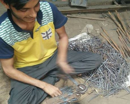 Meet-the-Master-Series -Shree-Mohd- Aslam-Forged-Iron-Products-Delhi-India-Aparna-Challu (20)